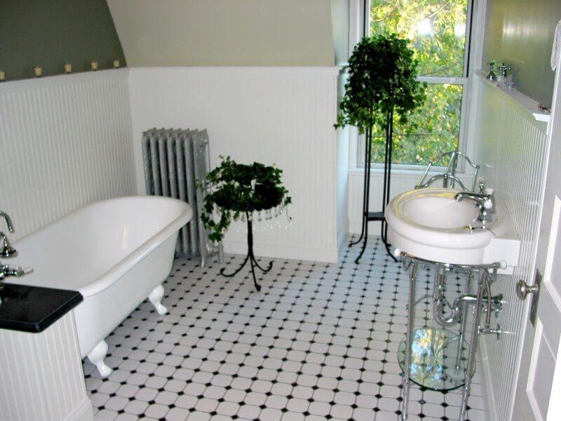 bathroom remodel white clawfoot tub